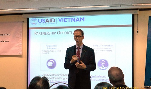 EU, US plan up to $1bn in aid to Vietnam
